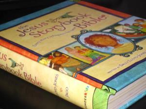 jesus_storybook_bible_pic_001
